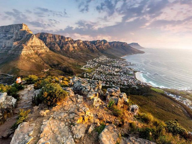 https://lavial.ro/wp-content/uploads/2018/08/post_capetown_06-640x480.jpg